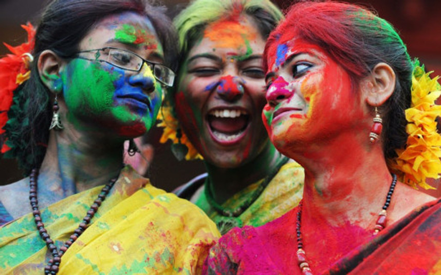 calcutta-holi-best_source roughdreams.com