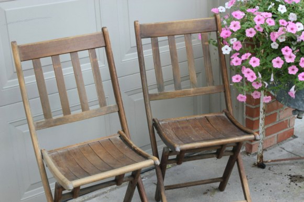 folding chairs - source etsy