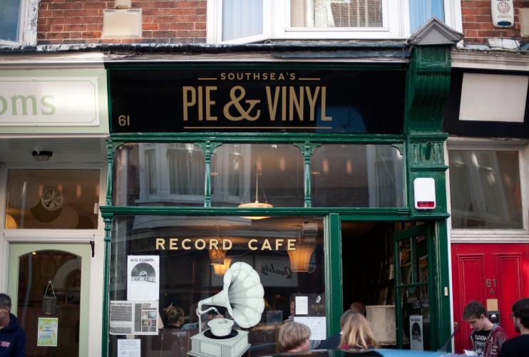 Pie & Vinyl Exterior