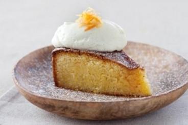 recette-e16784-orange-and-polenta-cake-cointreau-drizzle-and-a-vanilla-mascarpone