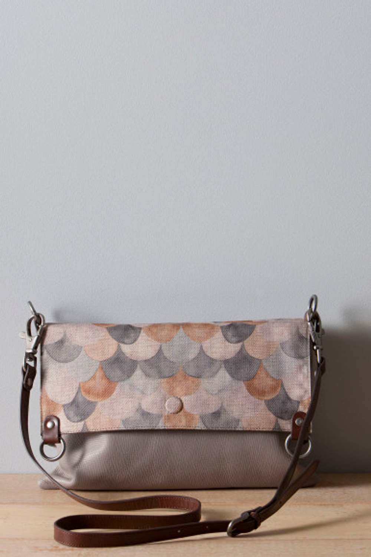 5352-Grey-Scarf-Bag-W12-043
