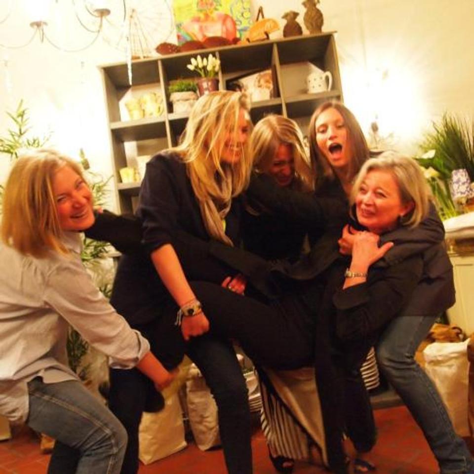 Le Sorelle family