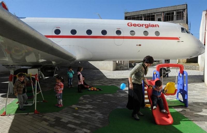 Airplane-Turned-into-Kindergarten-in-Georgia