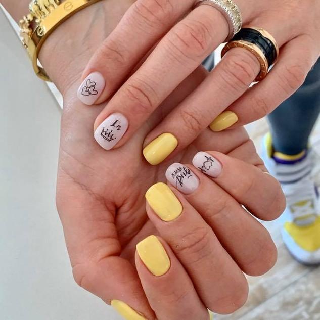summer nails.jpg