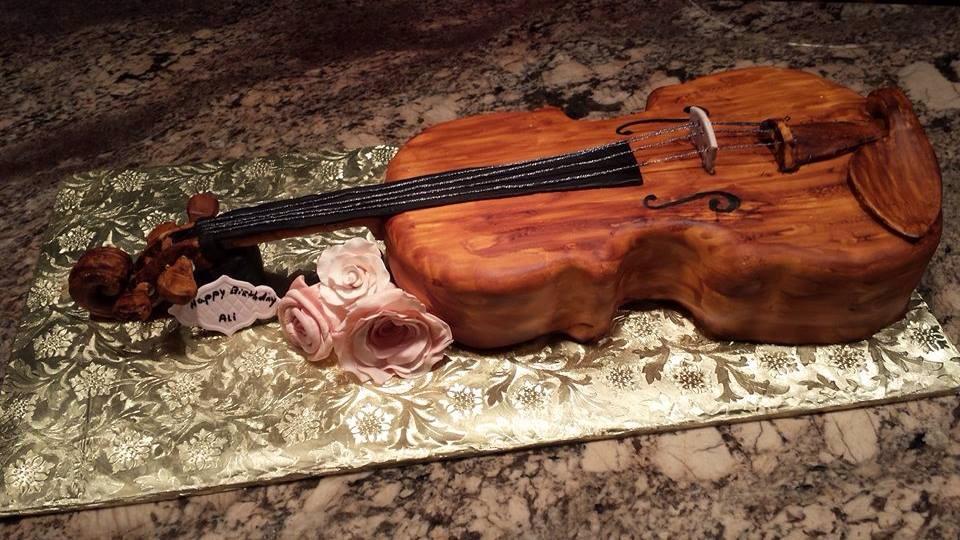 Fondant Violin Cake