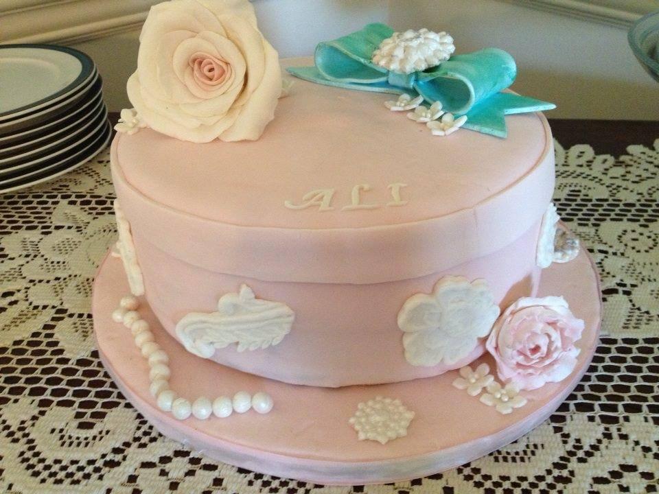 Lace & Rose Cake