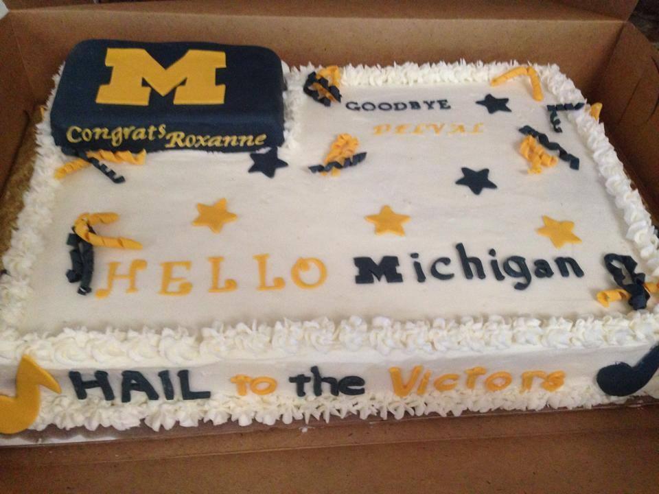 Del-Val Graduation Cake