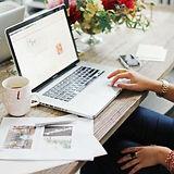 desk pic 02.jpg