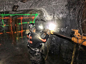 contract_mining_web_underground_01.jpg