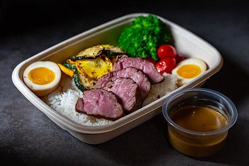 伊比利豬肩胛肉餐盒