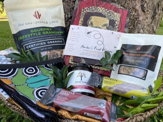 Mother's Day Hampers (Auntie's Gift Hamper)- Large