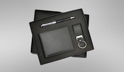 Wallet, Pen and USB set