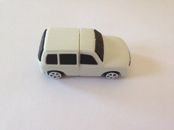 USB with rubber car cover