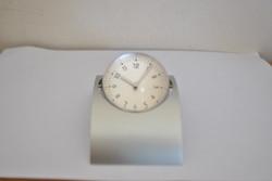 Magnifying Clock
