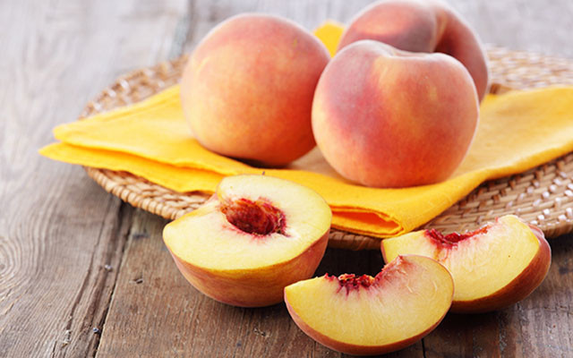 June: 8 fruits for your health! - The Peach