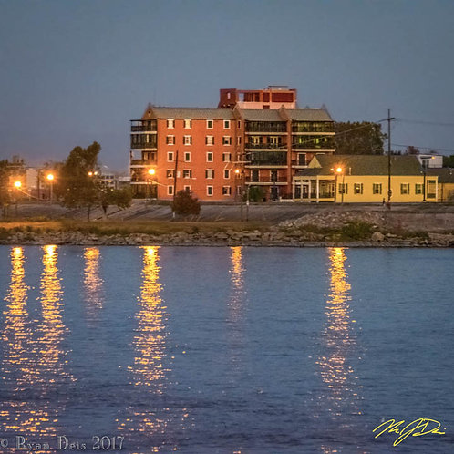D1C3 Dot-Algiers Point at Sunset