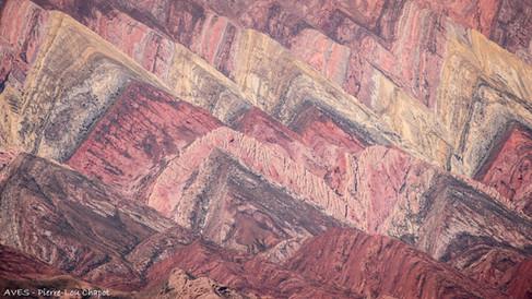 Cerro de los 14 colores