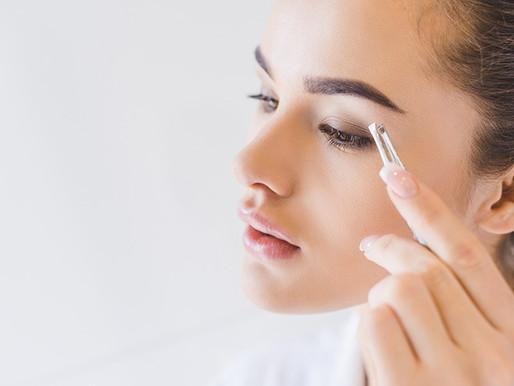 Neu: Natürlich wirkende Augenbrauen mit Microblading
