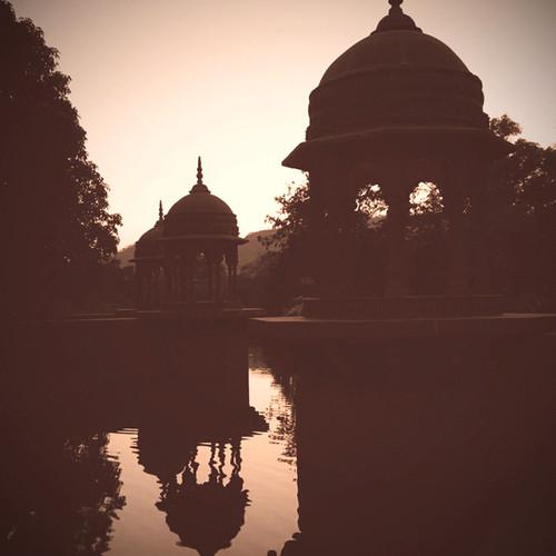 Govardhan EcoVillage - Temple Sonnenunte
