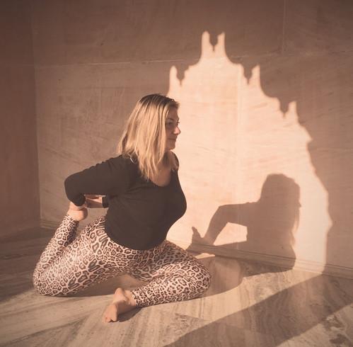 Govardhan EcoVillage - Yoga Morning Practice