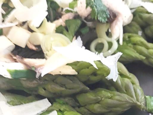 Recette green : Salade d'asperges vertes et herbes aromatiques