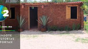 Mexicano fabrica ladrillos con sargazo y construye viviendas sociales
