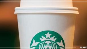 Starbucks está ofreciendo $10 millones de dólares para desarrollar un vaso 100% compostable y recicl