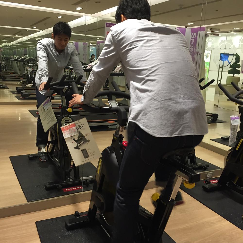 桃園空港のスピンバイク|京都パーソナルトレーニングMOVEMENT
