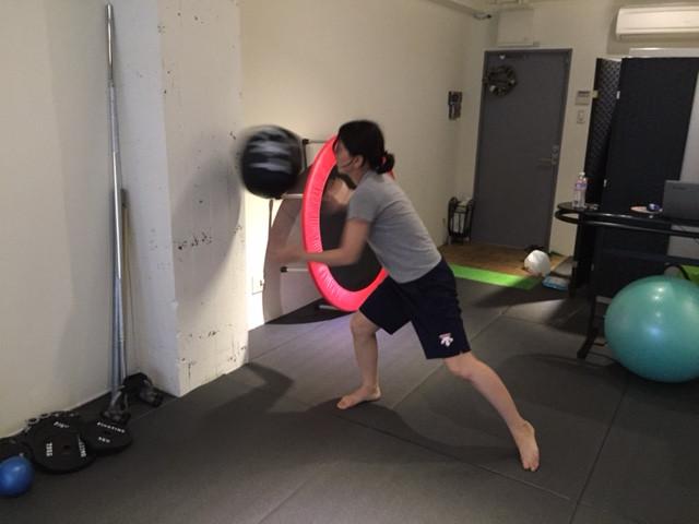 京都 パーソナルトレーニング メディシンボールトレーニング