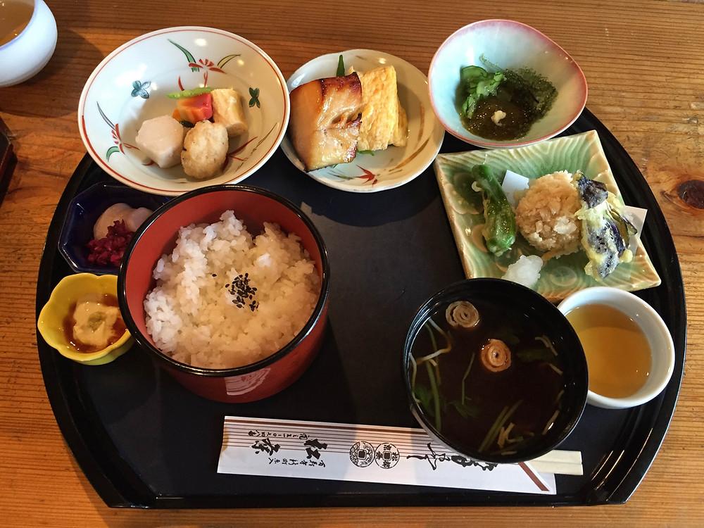 京都五条の松粂さん|京都 パーソナルトレーニング MOVEMENT