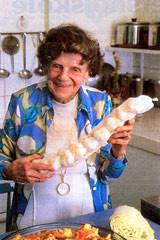 Alma Nissen spiser hvidløg som bolsjer !