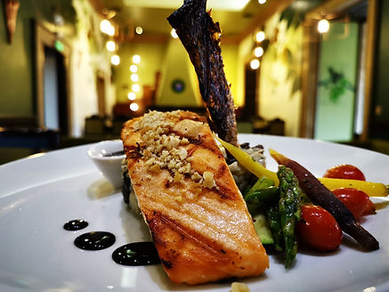 internacional - plato fuerte - salmon.jpg