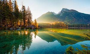 Wonderful autumn sunrise of Hintersee la