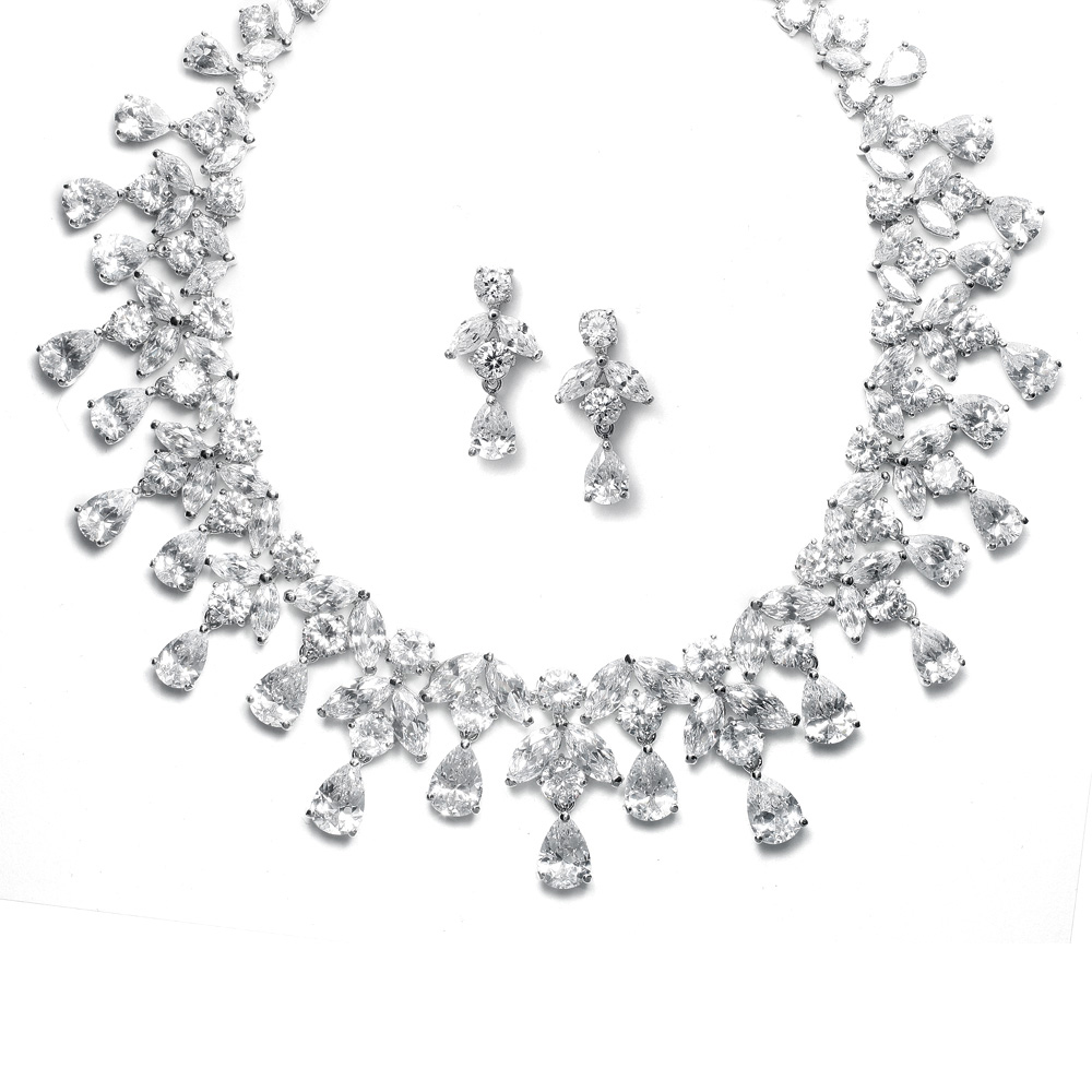 Bridal accessories necklace