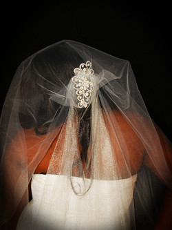 Veils by FayAna Bridal Comb