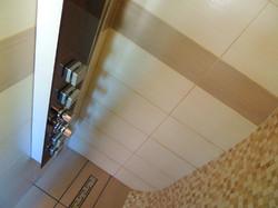 Glamping Pod, Luxury Power Shower