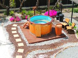 6 Seat Hot Tub / Whirlpool Jacuzzi