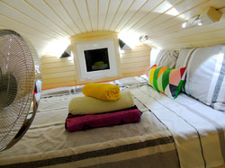 Glamping Pod, Queen Size Bed, LED