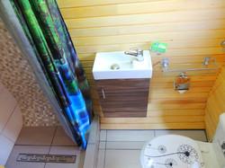 Glamping Pod-Wash Basin, Shower, W.C
