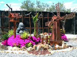 Gorilla & Windmill