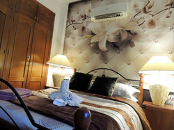 Bedroom 2: Luxury Double Bedroom With King Size Bed & Air Conditioning
