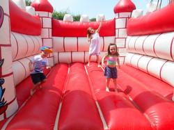 Children's Paradise Bouncy Castle