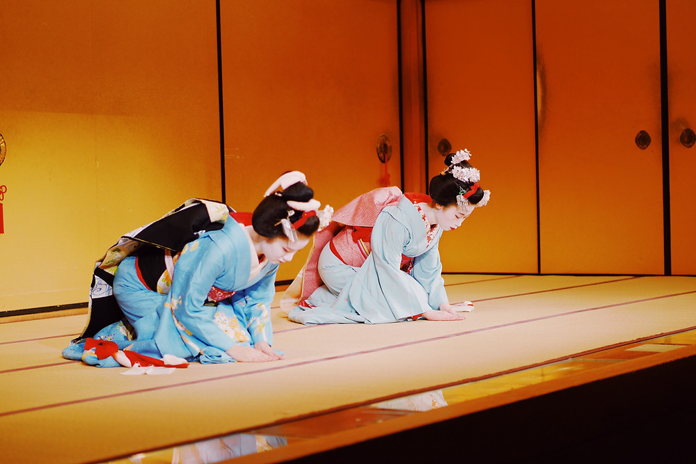 Geisha durante un'esibizione