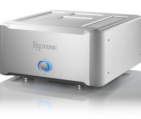 ESOTERIC S-02 power amplifier