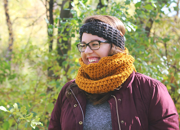 Scalloped Cowl - Mustard