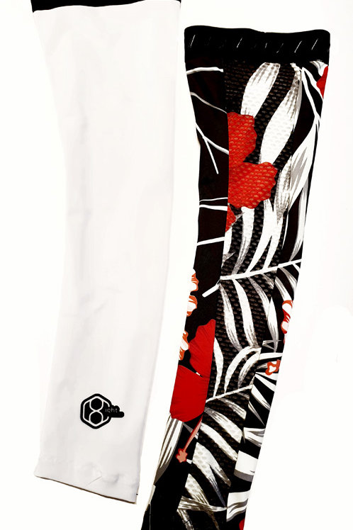 Uniek concept armwarmers, topcombinatie met ons 8ight shirt.