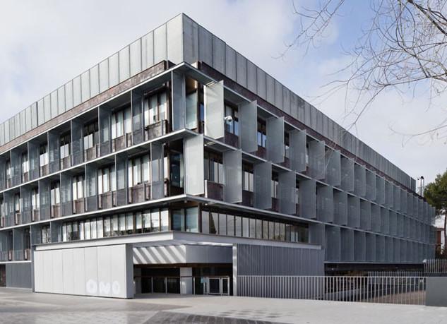 EDIFICIO DE OFICINAS ONO  Situación: Madrid, España.   Superficie: 15.500 m² Colaboración.