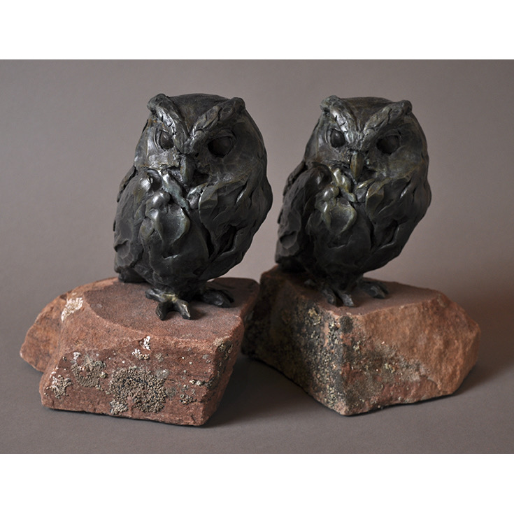 FLAMMULATED OWL IN BRONZE WITH STONE BASE