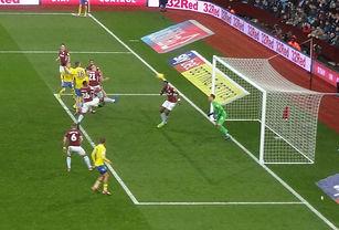 DSC01085 zoomed copy Pontus goal Villa.j