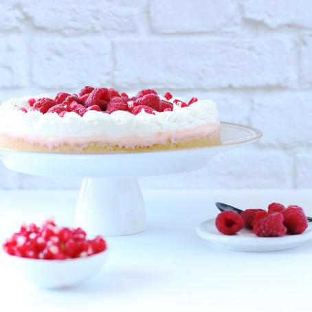 המושלמת לחג: עוגת גבינה קמפרי אשכוליות בקישוט רימונים